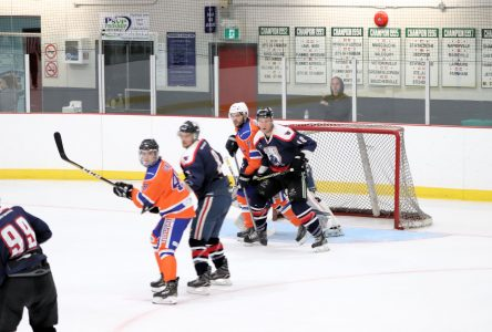 Hockey senior: Bedford prend sa revanche contre Farnham